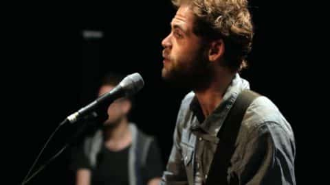 Learn English Through Songs and Music [Passenger – Let Her Go]