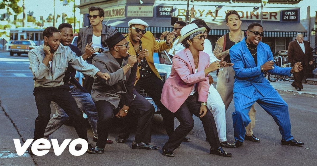 English Listening Practice with Music [Mark Ronson - Uptown Funk ft. Bruno Mars] 1