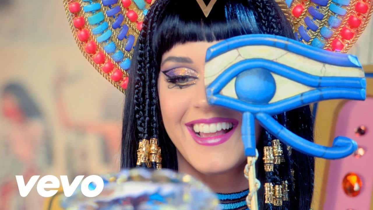 English Listening with Music [Katy Perry - Dark Horse] 51