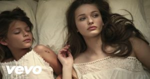 English Listening with Songs [Avicii - Wake Me Up]