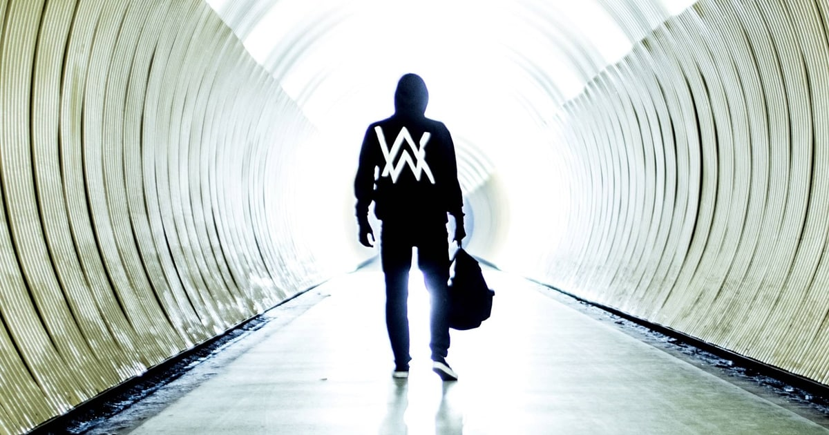 Practice Listening English with Music Video [Alan Walker - Faded