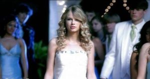 Practice Listening English with Music Video [You Belong With Me - Taylor Swift]